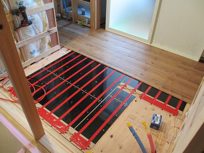 リフォーム施工実績 温水床暖房