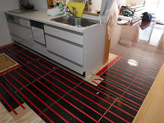 リフォーム施工実績 温水床暖房 ユカカラ暖房