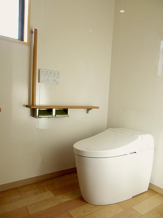 リフォーム施工実績 トイレ L型の手すり